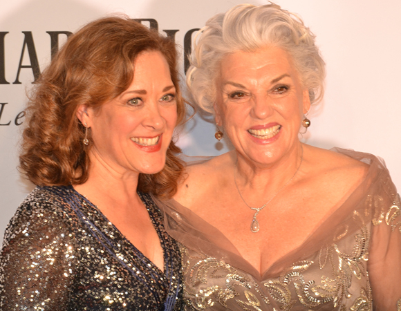 <p><em>Bullets Over Broadway</em>&#39&#x3B;s Karen Ziemba joins <em>Mothers and Sons</em> nominee Tyne Daly for a few photos.</p><br />(© David Gordon)
