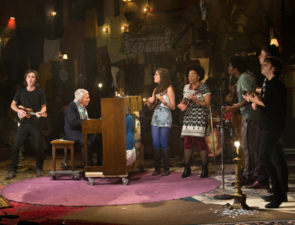 <p>Burt Bacharach joins the full cast to perform the show's encore.</p><br />(© David Gordon)