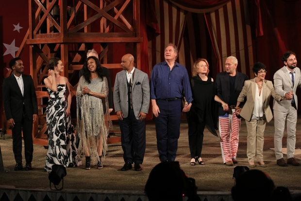 <p>Cast members from <em>The United States of Shakespeare</em> take their bows.</p><br />(© Tricia Baron)