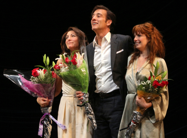 <p>Catch Eve Best, Clive Owen, and Kelly Reilly in <em>Old Times</em> at the American Airlines Theatre.</p><br />(© David Gordon)