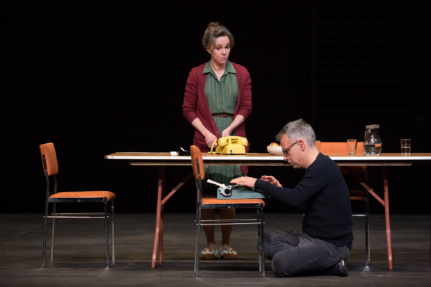 <p>Catch Sally Field and Joe Mantello in <em>The Glass Menagerie</em> at the Belasco Theatre.</p><br />(© Julieta Cervantes)