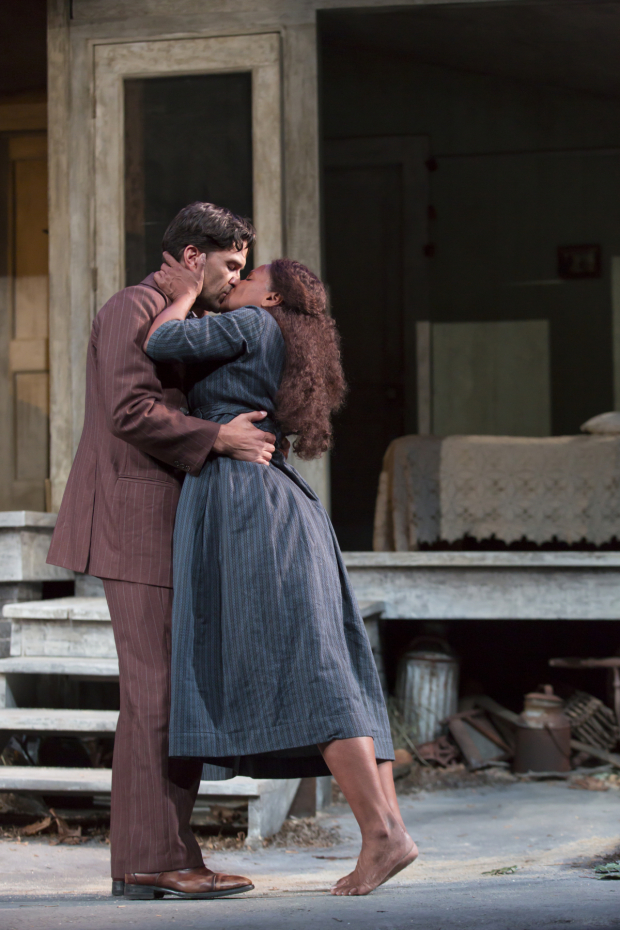 <p>Will Swenson and Audra McDonald star in <em>A Moon for the Misbegotten</em> through August 23.</p><br />(© T. Charles Erickson)