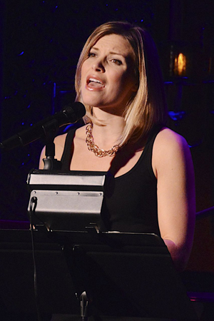 <p>Chelsea Packard takes the stage.</p><br />(© Nessie Nankivell)