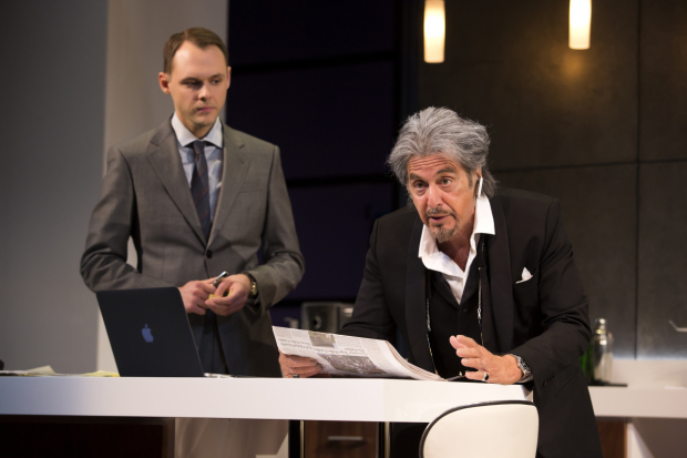 <p>Christopher Denham and Al Pacino share the stage in David Mamet&#39&#x3B;s latest play.</p><br />(© Jeremy Daniel)