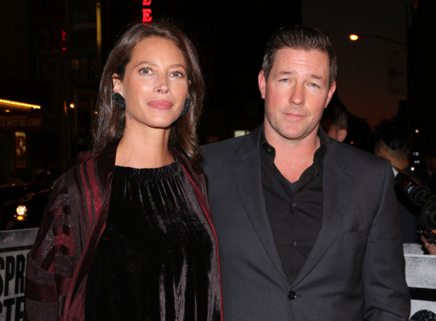 <p>Christy Turlington and Ed Burns spend a night at the theater.</p><br />(© David Gordon)