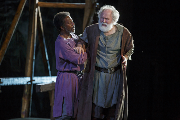 <p>Clarke Peters shares the stage with John Lithgow.</p><br />(© Joan Marcus)