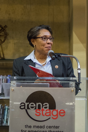 <p>Congresswoman Marcia L. Fudge addresses the crowd as she accepts the American Voice Award.</p><br />(© Cameron Whitman Photography)