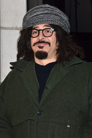 <p>Counting Crows front man Adam Duritz is ready to cheer on his pal Mary-Louise Parker.</p><br />(© David Gordon)