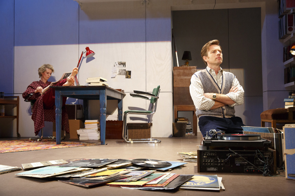 <p>Cynthia Nixon and Ewan McGregor in <em>The Real Thing</em>.</p><br />(© Joan Marcus)