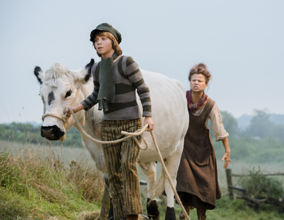 <p>Daniel Huttlestone and Tracy Ullman as Jack and his big-mouthed mother. </p><br />(© Disney Enterprises, Inc.)