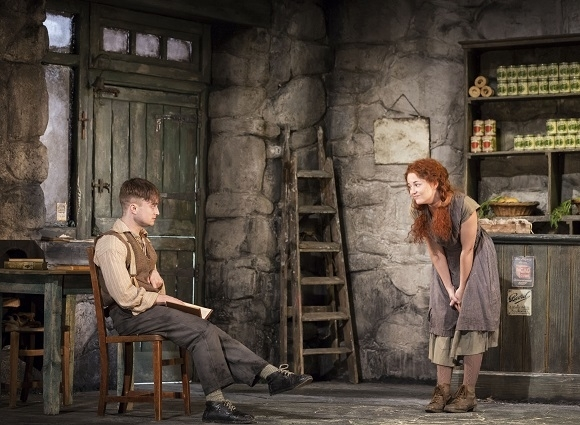 <p>Daniel Radcliffe and Sarah Greene share a scene. </p><br />(© Johan Persson)