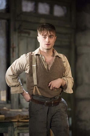 <p>Daniel Radcliffe takes on the role of Billy Claven in Martin McDonagh&#39&#x3B;s <em>The Cripple of Inishmaan</em>.</p><br />(© Johan Persson)