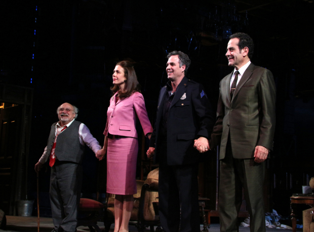 <p>Danny DeVito, Jessica Hecht, Mark Ruffalo, and Tony Shalhoub come out for their curtain call.</p><br />(© David Gordon)