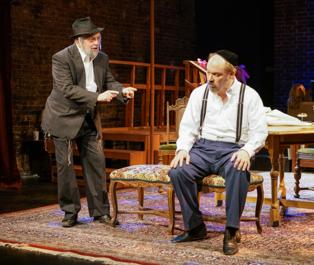 <p>David Mandelbaum plays Reb Eli in a scene with Shane Baker as Yankl.</p><br />(© Ronald L. Glassman)