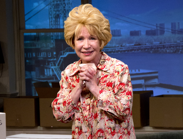 <p>Debra Jo Rupp as Dr. Ruth Westheimer.</p><br />(© David Gordon)