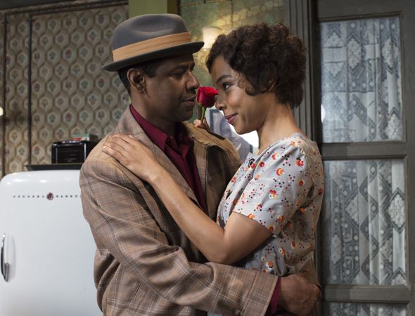 <p>Denzel Washington and Sophie Okonedo play Walter and Ruth Younger.</p><br />(© Brigitte Lacombe)