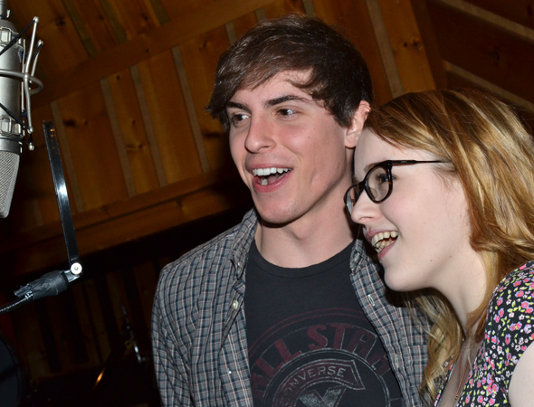 <p>Derek Klena and Caitlin Kinnunen share a microphone.</p><br />(© David Gordon)