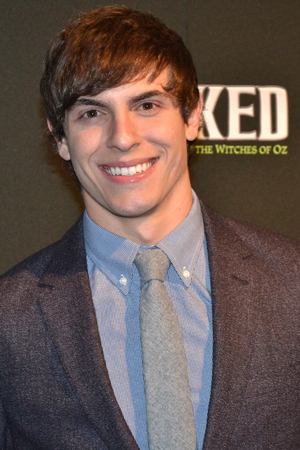 <p>Derek Klena is the musical&#39&#x3B;s latest Fiyero.</p><br />(© David Gordon)