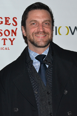 <p>Despite a busy television schedule, Broadway favorite Raúl Esparza can still find time to make it to an opening night.</p><br />(© David Gordon)