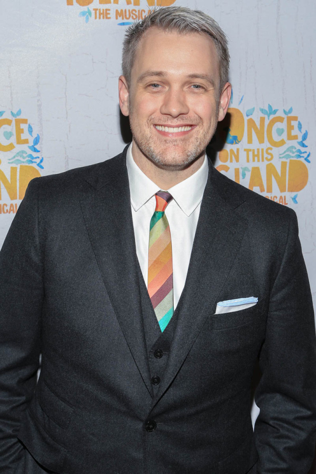 <p>Director Michael Arden was happy about a successful opening night.</p><br />(© Tricia Baron)