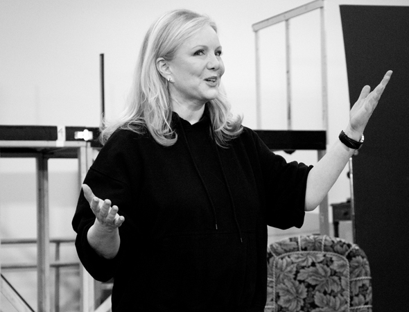 <p>Director/choreographer extraordinaire Susan Stroman welcomes the assembled press to the event.</p><br />(© David Gordon)