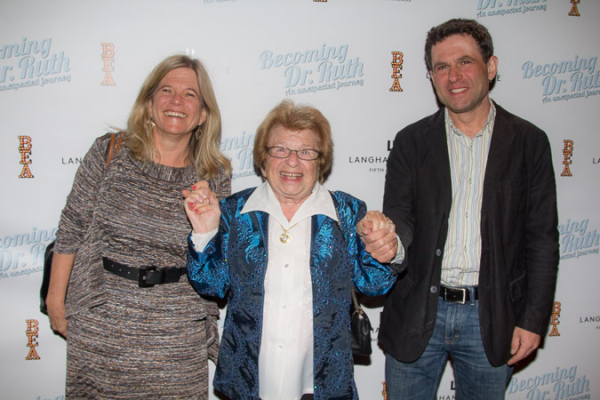 <p>Dr. Ruth poses with her two children.</p><br />(© Seth Walters)