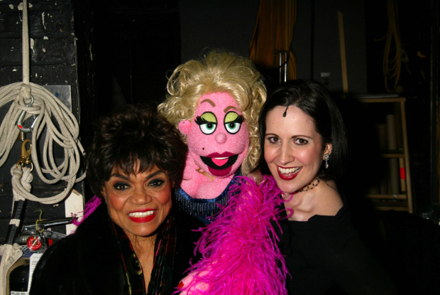 <p>Eartha Kitt shares a snapshot with Lucy T. Slut and Stephanie d&#39&#x3B;Abruzzo.</p><br />(© Joseph Marzullo)