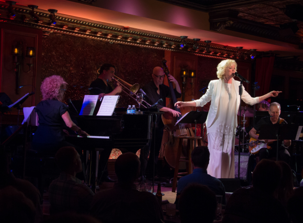 <p>Ebersole boogies with &quot&#x3B;The D.T. Strutters Ball.&quot&#x3B;</p><br />(© Seth Walters)