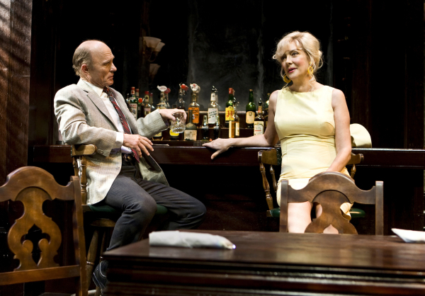 <p>Ed Harris and Glenne Headly relax at the bar.</p><br />(© Monique Carboni)