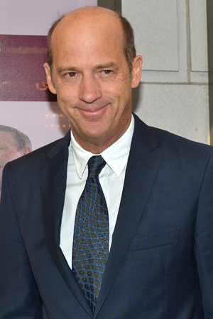<p><em>ER</em> cast member Anthony Edwards is on hand to root for his TV dad, John Cullum.</p><br />(© David Gordon)