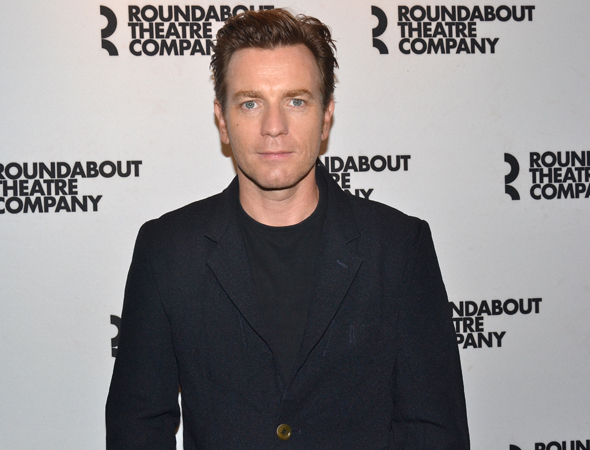 <p>Ewan McGregor leads the cast as Henry, an unhappily married playwright who has an affair with  Annie, played by Maggie Gyllenhaal.</p><br />(© David Gordon)