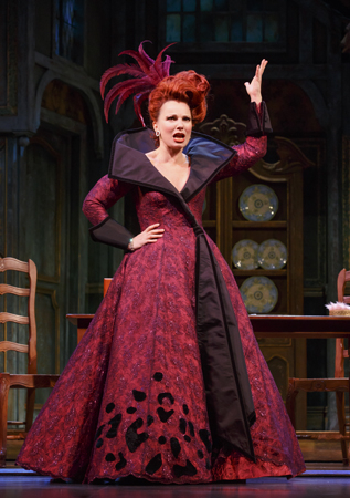 <p>Fran Drescher takes on the role of Madame.</p><br />(© Carol Rosegg)