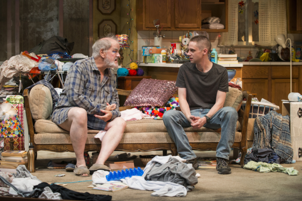 <p>Francis Guinan and Ty Olwin have a chat on the couch.</p><br />(© Michael Brosilow)
