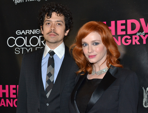 <p>Geoffrey Arend and Christina Hendricks are ready for a night at the theater.</p><br />(© David Gordon)