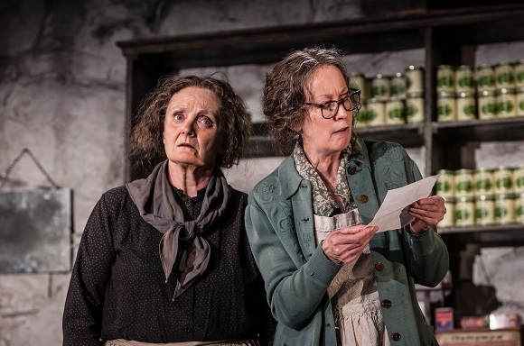 <p>Gillian Hanna and Ingrid Craigie play the adopted aunties of Cripple Billy in <em>The Cripple of Inishmaan</em>.</p><br />(© Marc Brenner)