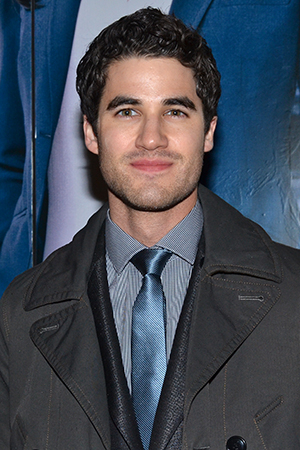 <p><em>Glee</em> star Darren Criss is always ready for a night on Broadway.</p><br />(© David Gordon)