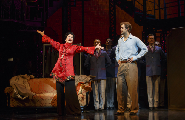 <p>Glenn Close showing off for Michael Xavier.</p><br />(© Joan Marcus)