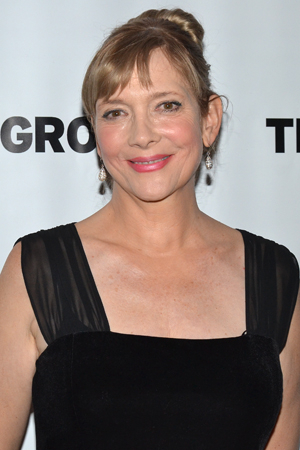 <p>Glenne Headly returns to the stage as Eva, a housekeeper at The Jacksonian motel.</p><br />(© David Gordon)