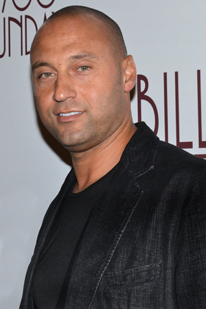 <p>Guests included New York Yankees captain Derek Jeter, who not only counts Billy Crystal among his pals but also gets name-checked in the play.</p><br />(© David Gordon)