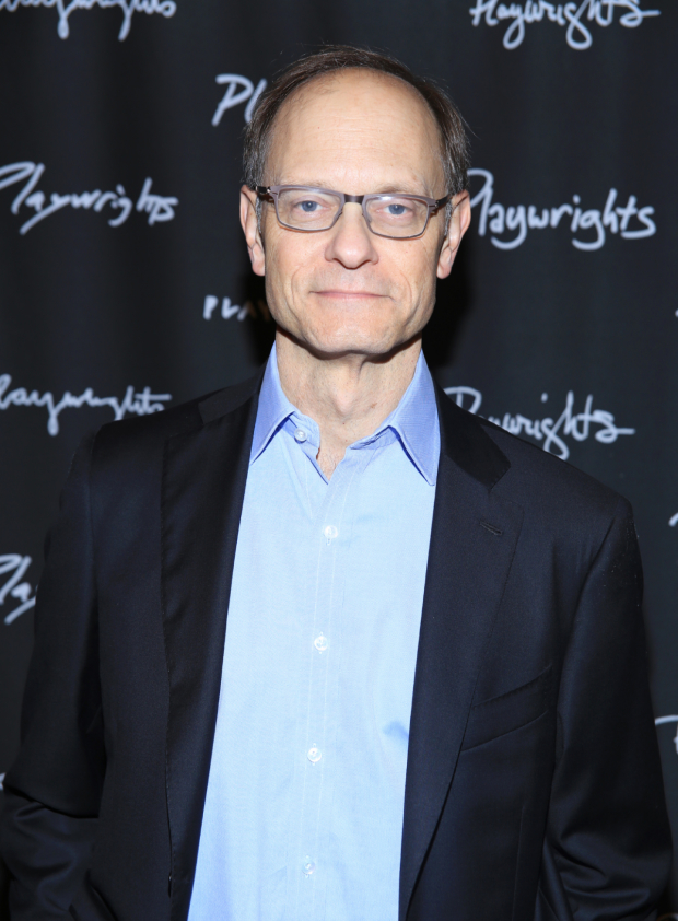 <p>Happy opening, David Hyde Pierce!</p><br />(© Tricia Baron)