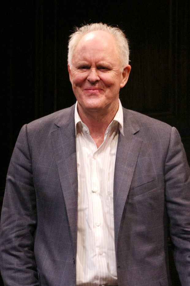 <p>Happy opening, John Lithgow!</p><br />(© David Gordon)