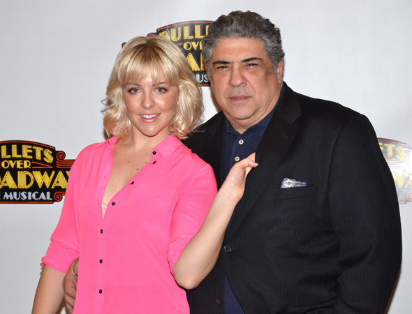<p>Heléne Yorke and Vincent Pastore snuggle close.</p><br />(© David Gordon)