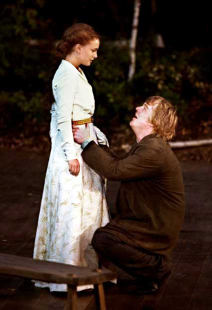 <p>Hoffman made his Shakespeare in the Park debut in 2001, as ill-fated playwright Konstantin in Anton Chekhov&#39&#x3B;s <em>The Seagull</em>, opposite a starry cast led by Meryl Streep and Kevin Kline. He is shown here with his Nina, Natalie Portman.</p><br />(© Michal Daniel)