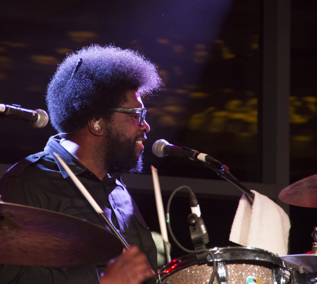 <p>How do you follow a fireworks show? With a surprise concert by Questlove and The Roots. </p><br />(© David Gordon)