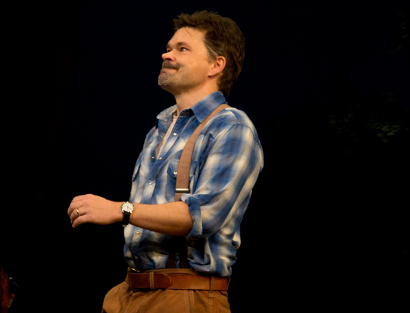 <p>Hunter Foster takes on the role of Bud Johnson, Francesca&#39&#x3B;s husband.</p><br />(© David Gordon)
