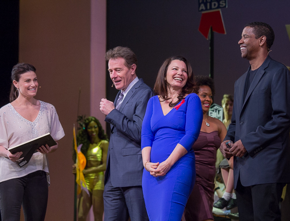 <p>Idina Menzel, Bryan Cranston, Fran Drescher, and Denzel Washington announce the big winners.</p><br />(© David Gordon)