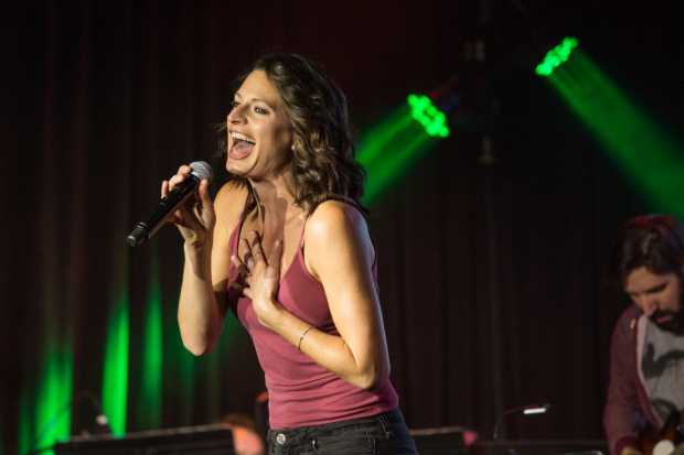 <p><em>If/Then</em> star Jackie Burns had a blast.</p><br />(© Chris Burch)