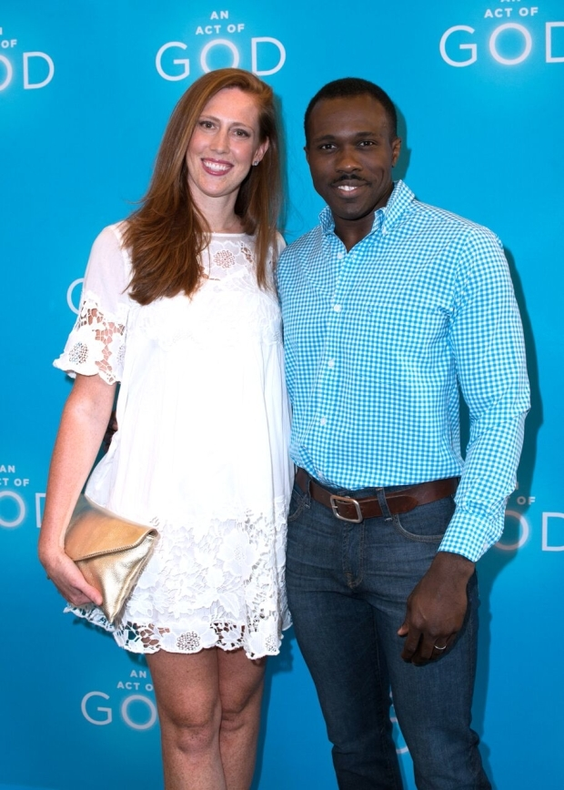<p>It&#39&#x3B;s date night for Joshua Henry and his wife, Cathryn.</p><br />(© Allison Stock)