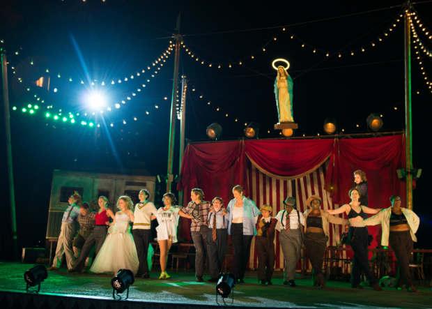 <p>It&#39&#x3B;s opening night at <em>The Taming of the Shrew</em>.</p><br />(© Allison Stock)