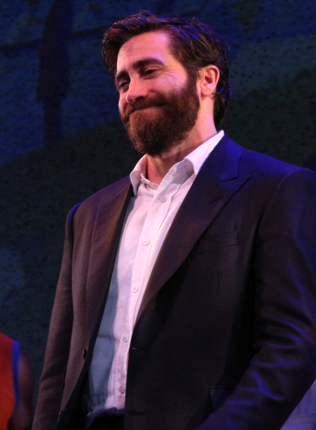 <p>Jake Gyllenhaal proudly takes his opening-night bow.</p><br />(© David Gordon)